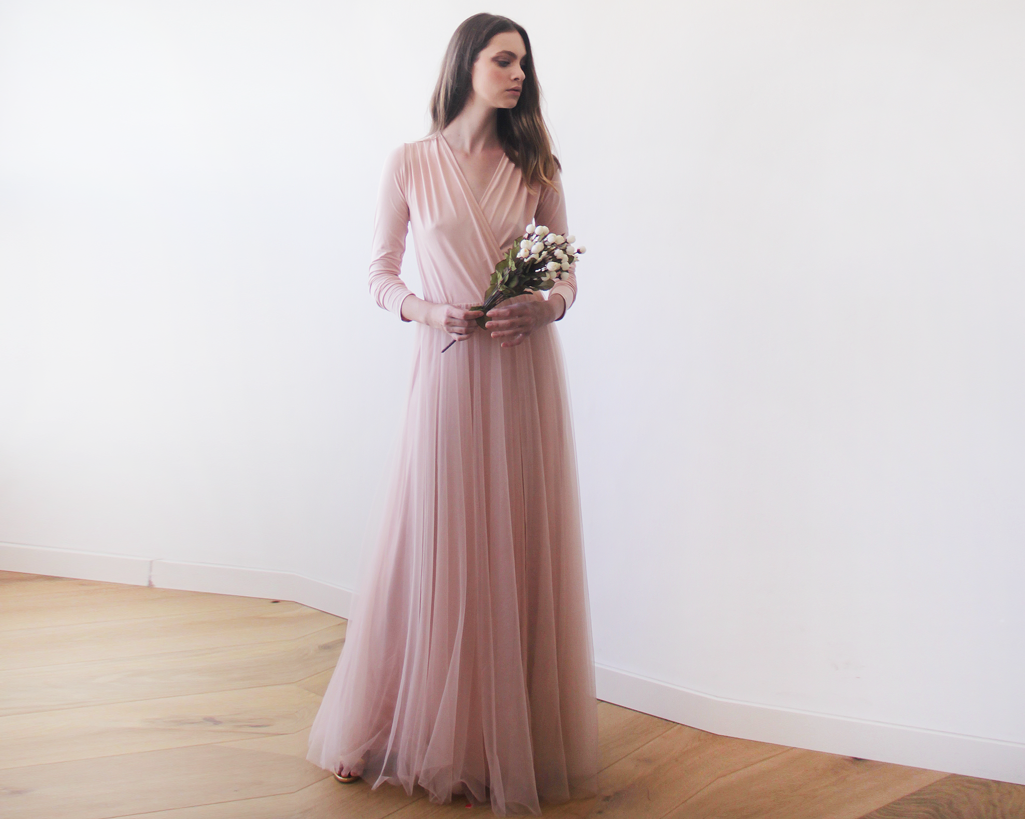 Pink blush maxi tulle dress with long sleeves - Blog Dresses