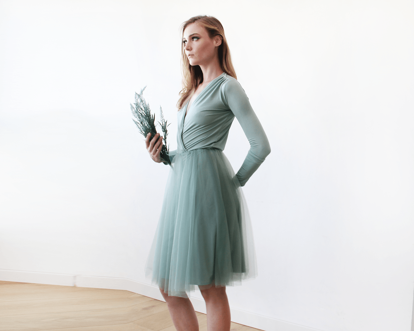 Sage Green Midi Tulle Dress With Long Sleeves
